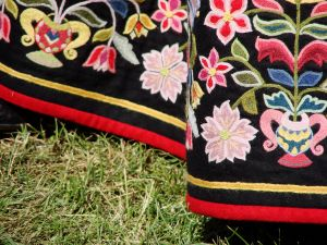 1042000_traditional_embroidery